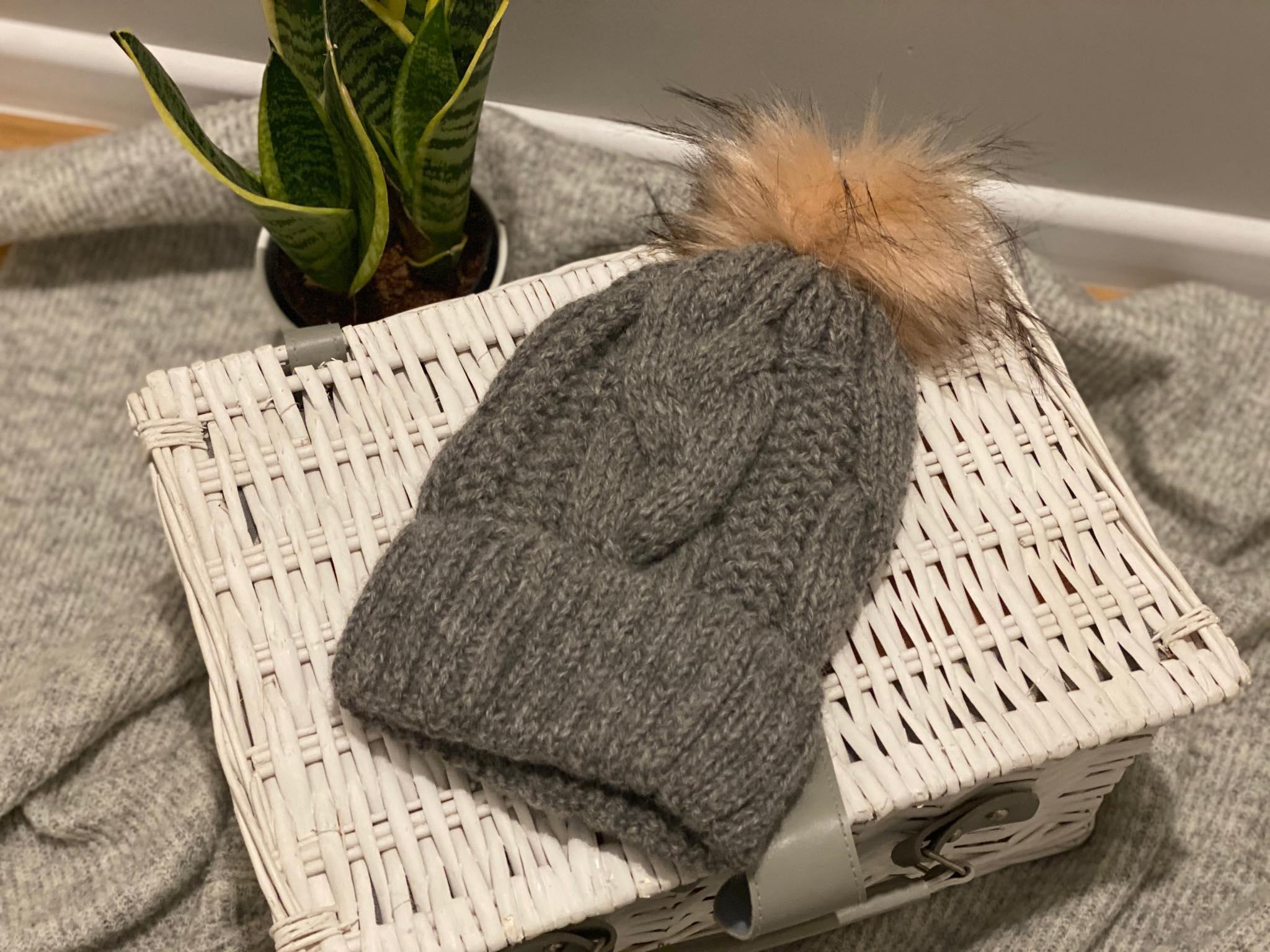 Damska czapka z wełny alpaki (szara)